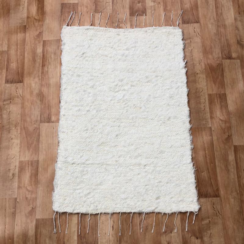 Fehér rongyszőnyeg 70x100 cm
