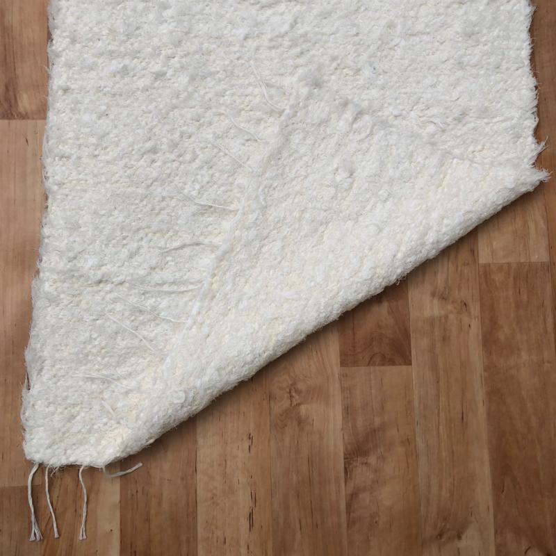 Fehér rongyszőnyeg 70x150 cm - közeli