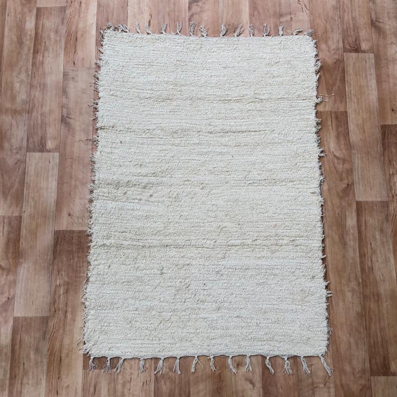 Beige rongyszőnyeg 70x150 cm