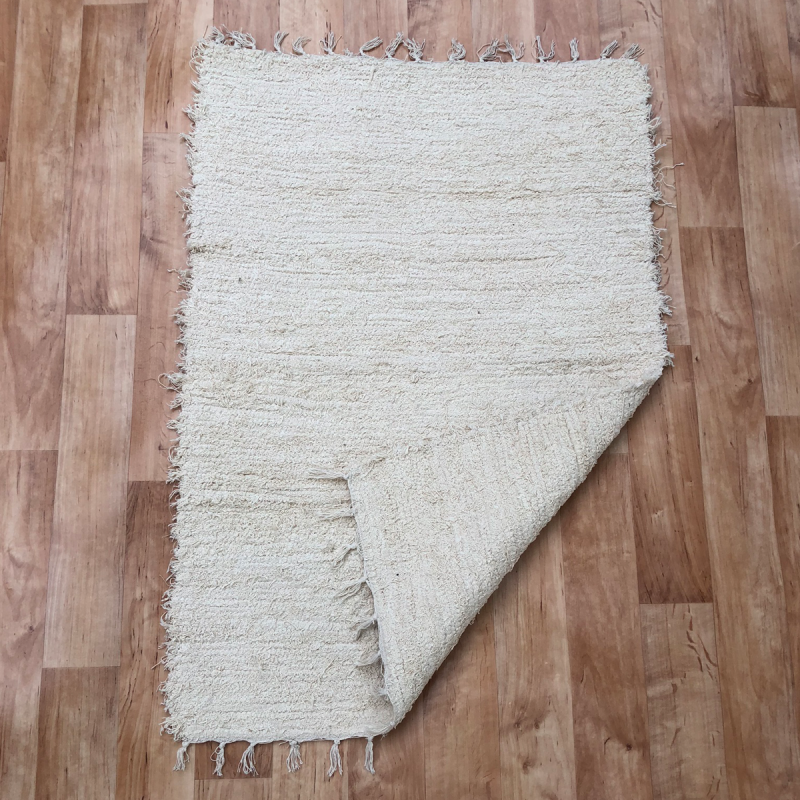 Beige rongyszőnyeg 70x150 cm - hátoldal