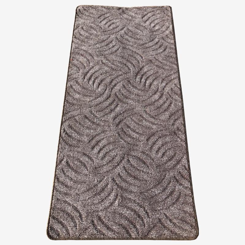 Szegett szőnyeg - Szürkésbarna színben karmolt mintával