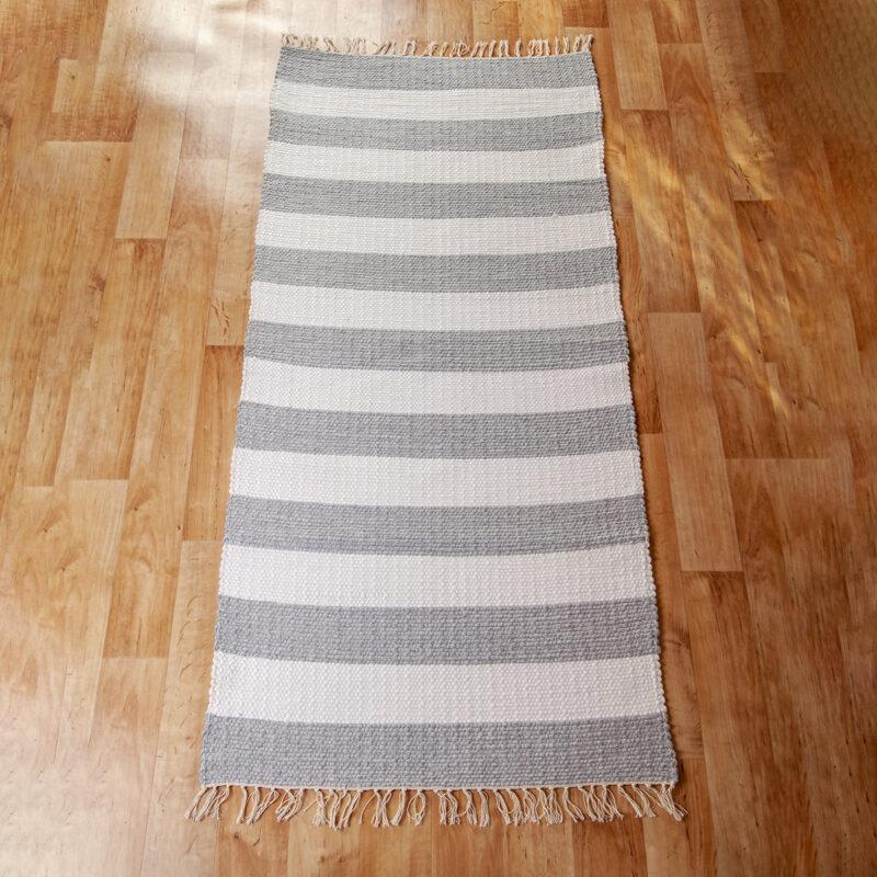 Szürke-fehér rongyszőnyeg 70x150 cm