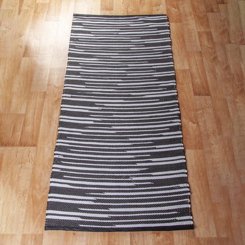Fekete-fehér rongyszőnyeg 70x150 cm
