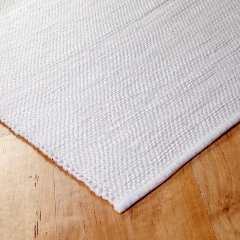 Rongyszőnyeg - fehér - sarok